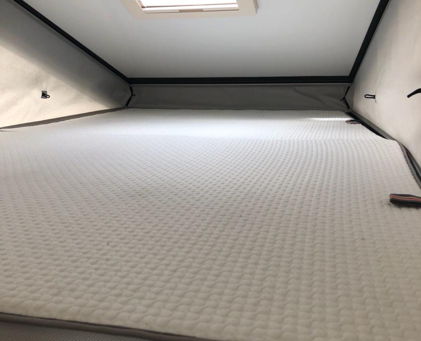 Pickup Wohnkabine Bett