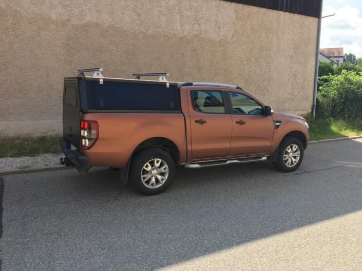 Ford Ranger Wildtrack Hardtop große Heckklappe