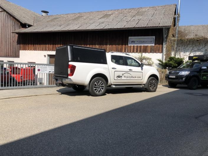 Nissan Navara Hardtop große Heckklappe